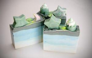 soap-447656_640