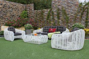 Tartós kerti bútorok